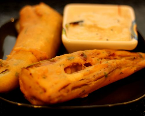 milagai-bajji-south-indian-fritters-mirchi-bhajji